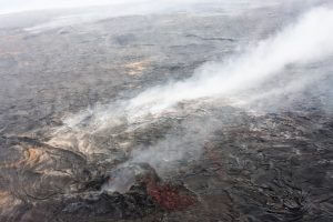 溶岩でできた土地とはこのようなイメージでしょうか?