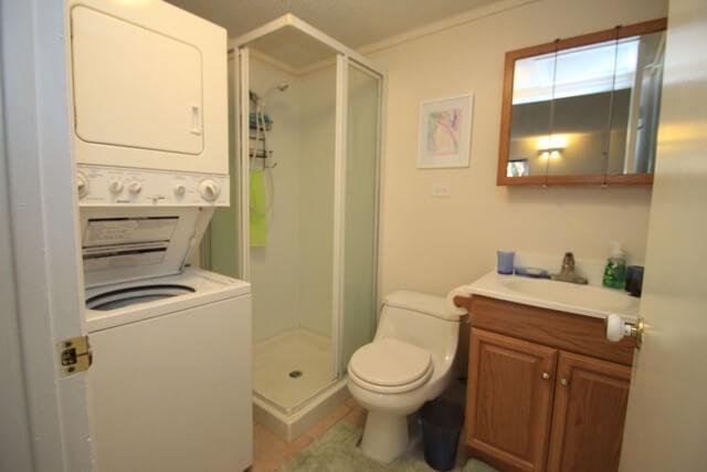 ハワイカイ戸建ゲストルーム 現在のバスルーム