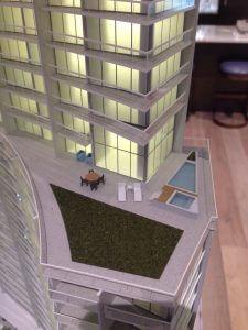 リッツタワー2 26階のスイート、超ビッグなラナイつき二階分、およそ8ミリオン